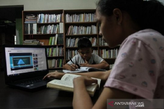 Kurikulum darurat bagi siswa saat pandemi diberlakukan di Pekanbaru
