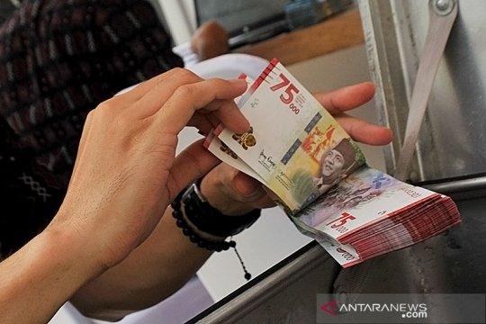 Rupiah menguat, pasar respons positif pidato Presiden soal PSBB
