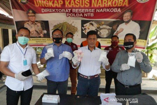 Polda NTB tangkap penyelundup 800 gram sabu-sabu dari Batam
