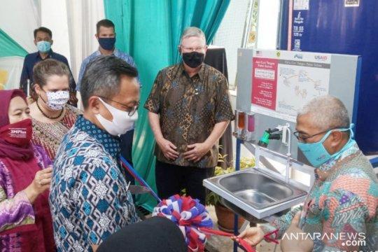 Bogor terima bantuan 20 alat cuci tangan dari Amerika Serikat
