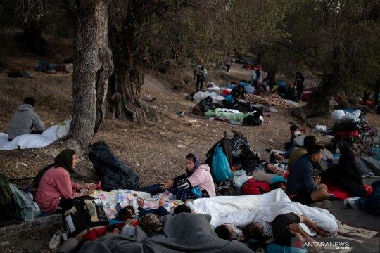 Pengungsi kamp Moria terpaksa berlindung di hutan