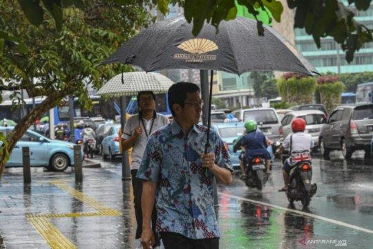 Hujan diprakirakan turun di beberapa daerah hingga besok