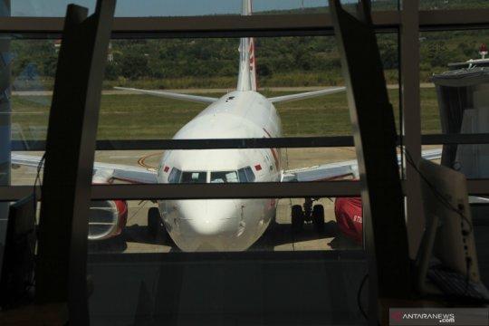 Bandara El Tari perpanjang jam operasi