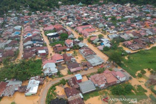 Banjir di Kota Padang