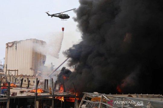 Kebakaran terjadi di kawasan bisnis Beirut