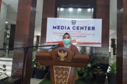 18 dari 36 warga Pasaman Barat positif COVID-19 dinyatakan sembuh