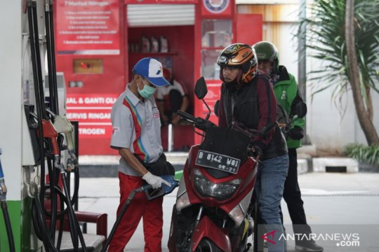 Kemarin, 143 perusahaan investasi ke RI hingga Ahok kritik Pertamina