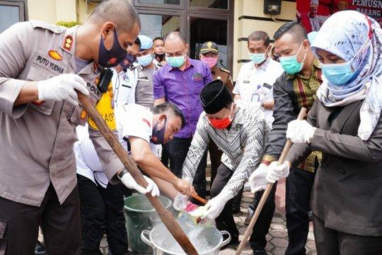 Polres Tanjung Balai musnahkan barang bukti sabu 6 kg