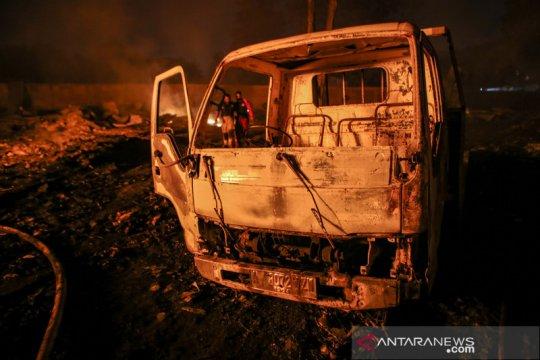 Kebakaran gudang busa di Tangerang