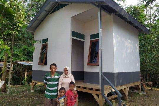 Yayasan Habitat Kemanusiaan Indonesia bangun huntara di Lebak