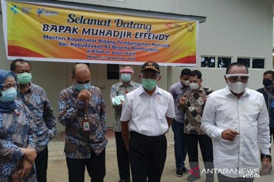 Menko PMK tinjau ruang isolasi COVID-19 di RSUP Adam Malik Medan