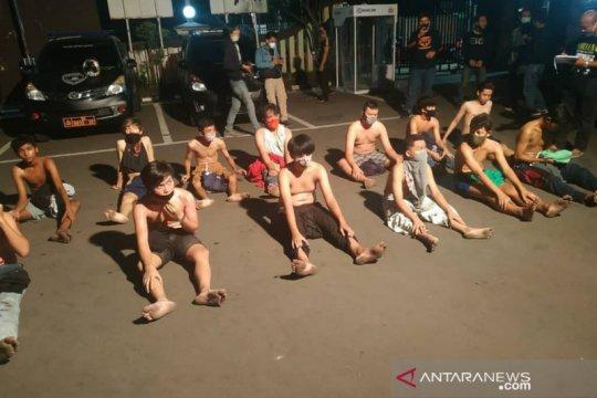 Menutup jalan umum, 26 remaja ditangkap polisi Jakarta Timur