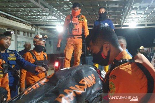Tim SAR gabungan masih melakukan pencarian nelayan terbawa arus