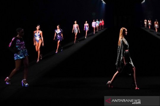Mercedes Benz Fashion Week digelar di Madrid