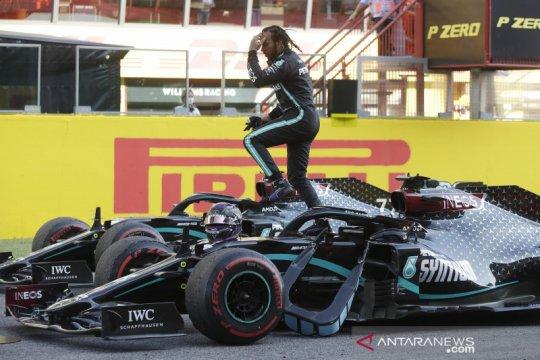 Hamilton juara balapan F1 Tuscan GP