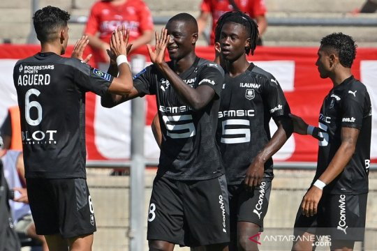 Rennes, Brest, Lens curi tiga poin atas lawannya masing-masing