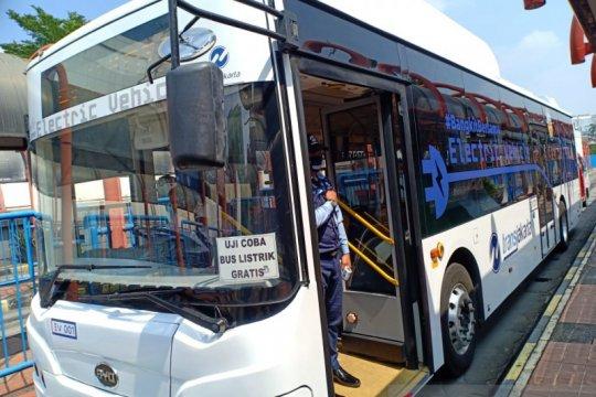 Ganjar dorong penggunaan bus listrik untuk transportasi umum