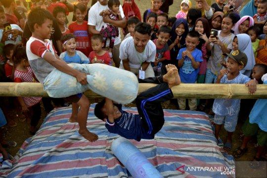 Festival permainan tradisional di Maros