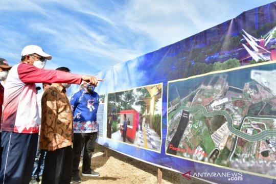 Empat pengusaha serahkan sertifikat lahannya untuk pelebaran jalan