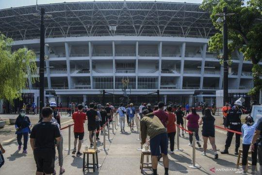 """Kemarin, Jakarta kembali PSBB hingga TNI AU mediasi peluru """"nyasar"""""""