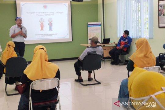 Indocement sosialisasi hemat energi di kampung ramah lingkungan Bogor