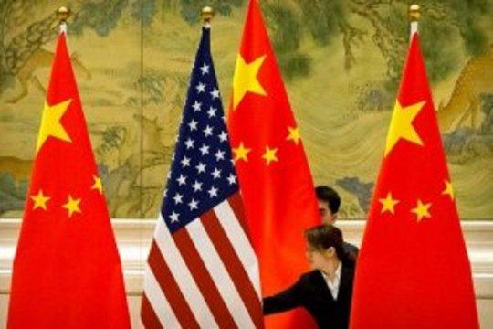 Persaingan AS dan China di tengah badai COVID-19