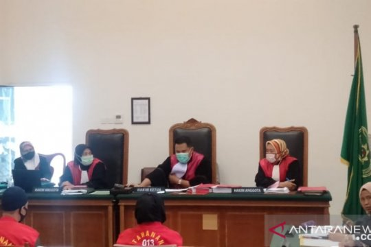 Jaksa tuntut terdakwa prostitusi daring selama lima bulan penjara
