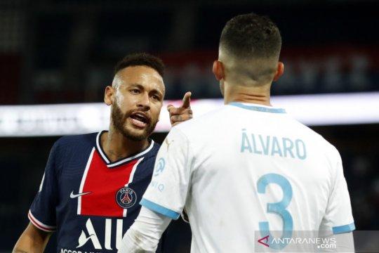 PSG belum lepas dari masalah meski Neymar sudah bisa tampil