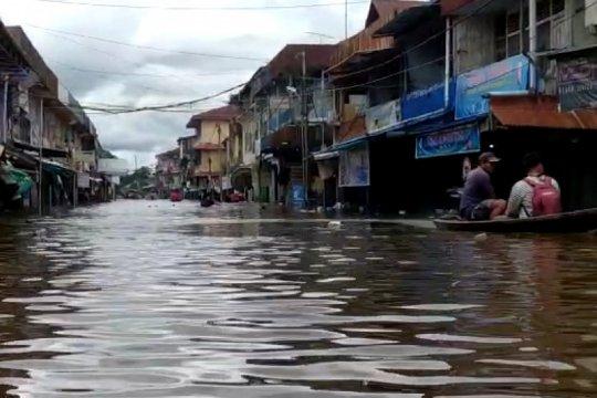 Banjir rendam ribuan rumah warga di Melawi Kalbar