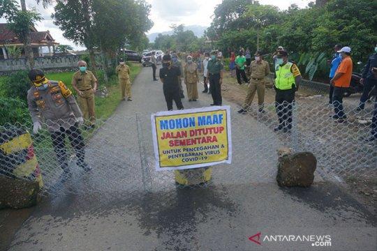 Presiden Jokowi: Jangan buru-buru menutup sebuah wilayah