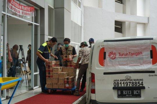TurunTangan dan PPA salurkan bantuan untuk paramedis dan petugas TPU