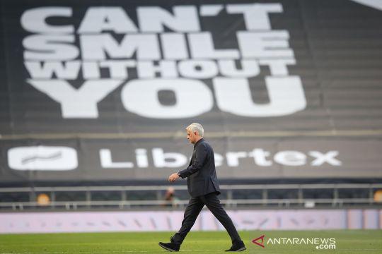 Tottenham vs Everton : Mourinho dipermalukan Ancelotti di kandang