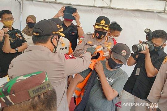 Kapolda Metro - Pangdam Jaya sidak operasi yustisi di Terminal Grogol