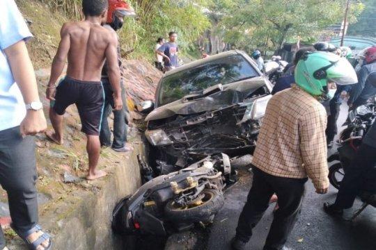 Seorang Polwan Polda Papua meninggal  ditabrak saat hendak ke kantor