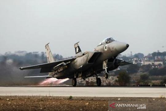 Pesawat Israel lakukan serangan udara di Gaza