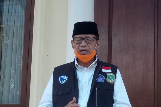 Gubernur Wahidin ajak warga Banten lindungi para kiai dan ulama