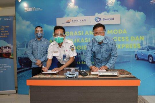 KAI gandeng BlueBird fasilitasi angkutan lanjutan