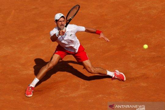 Djokovic membalas kritik, setelah komentari isolasi Australian Open