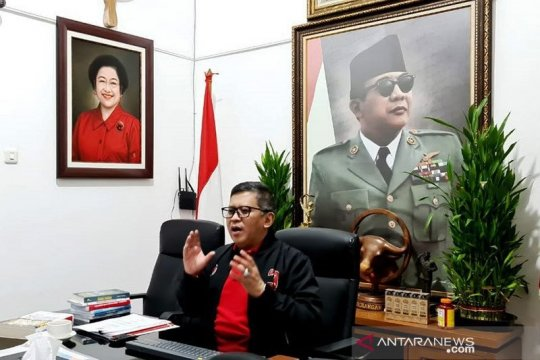 Hasto: Kita harus menangkan hati rakyat Surabaya