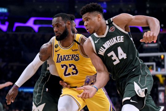 James dan Antetokounmpo masuk All-NBA First Team
