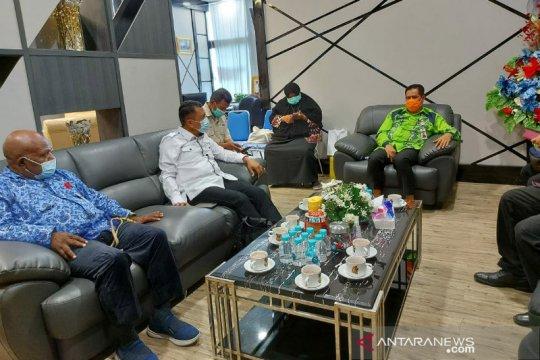 Tim Kemenkes RI pantau penanganan COVID-19 di Papua