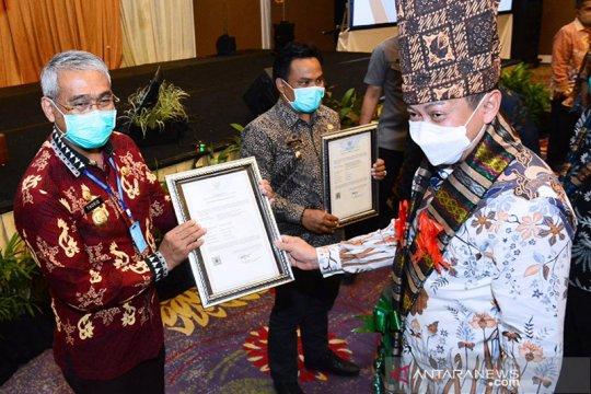 Kemenkumham beri sertifikat IG lada luwu timur dan beras enrekang