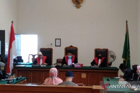 PN Padang vonis terdakwa prostitusi daring selama lima bulan penjara