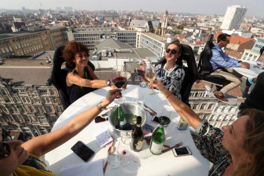 Restoran melayang Dinner in the Sky di Belgia kembali beroperasi
