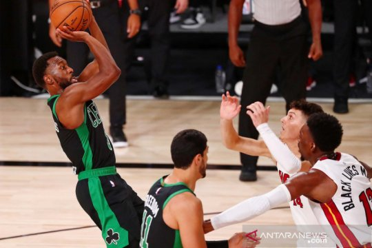 NBA Playoffs: Boston Celtics vs Miami Heat