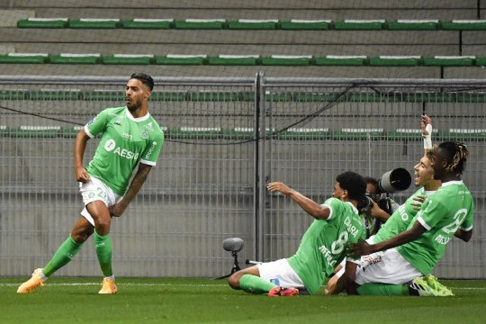 Saint-Etienne pecundangi Marseille dua gol tanpa balas