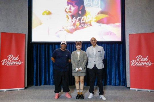 """AirAsia merambah bisnis musik, rilis single """"Passcode"""""""