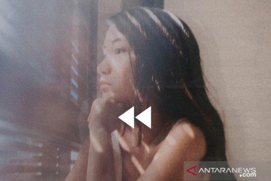 """GRACE tuangkan kerinduan untuk Indonesia lewat single """"Rewind"""""""
