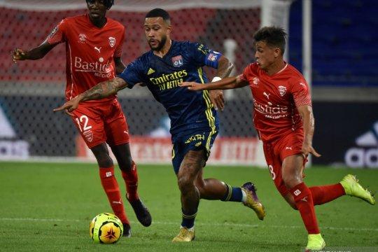 Direktur Lyon klaim Memphis Depay sudah setuju gabung Barcelona