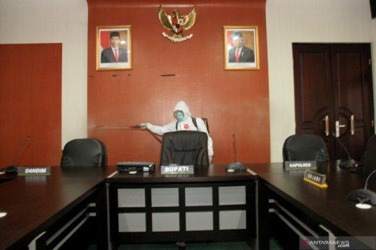 Disinfeksi kantor Bupati Aceh Barat